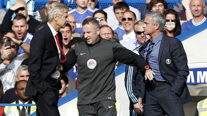 Wenger zaskoczy? Chce napastnika Chelsea