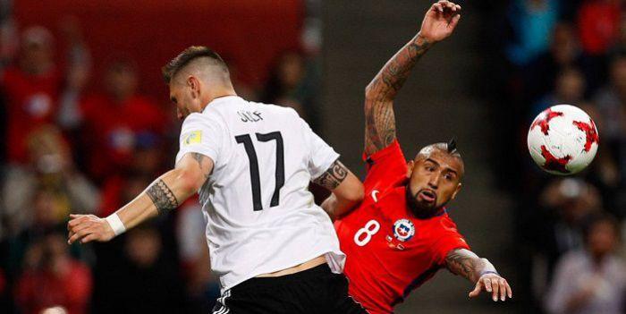 Niemcy z Chile dały sobie po razie i... umieją liczyć. Wykorzystały remis w drugim meczu (VIDEO)