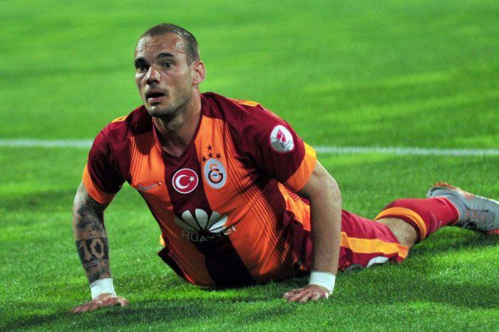 Wesley Sneijder pożegnał się z Galatasaray