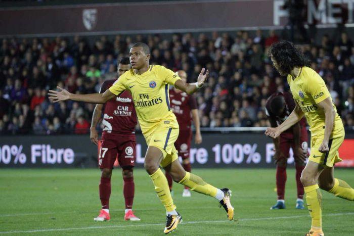 Mbappe z bramką w debiucie! PSG rozniosło osłabione Metz (VIDEO)