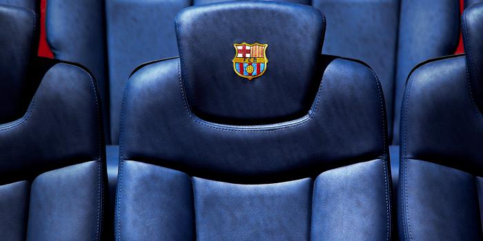 Barcelona pokazała trzeci komplet strojów. Kibice zachwyceni, ale nie brakuje porównań do innego klubu