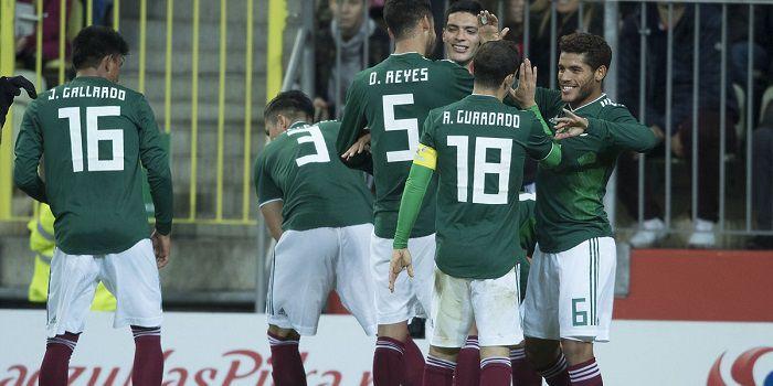 3-4-3 Nawałki bez liderów nie wypaliło. Reprezentacja Polski kończy rok porażką z Meksykiem (VIDEO)