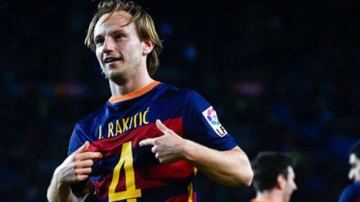 Ivan Rakitić coraz bliżej Premier League. Kolejny klub chce piłkarza Barcelony