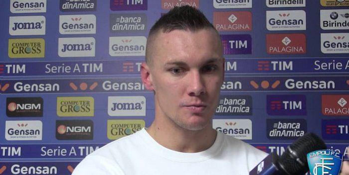 Kolejny klub z Serie A staje w kolejce po Łukasza Skorupskiego