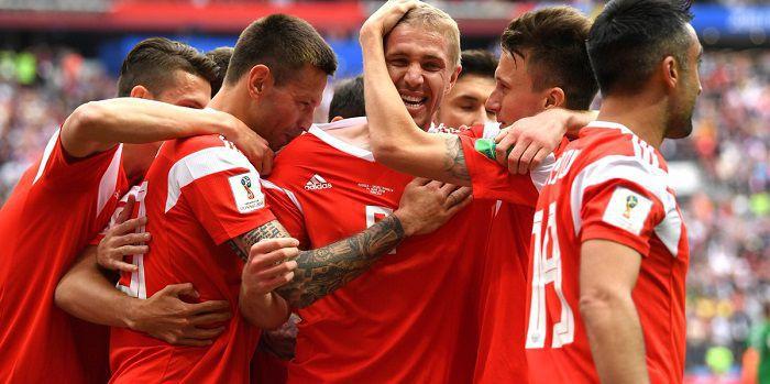 Stasiek uśmiechnął się pod wąsem aż 5 razy. Rosja gromi w meczu otwarcia MŚ 2018 (VIDEO)