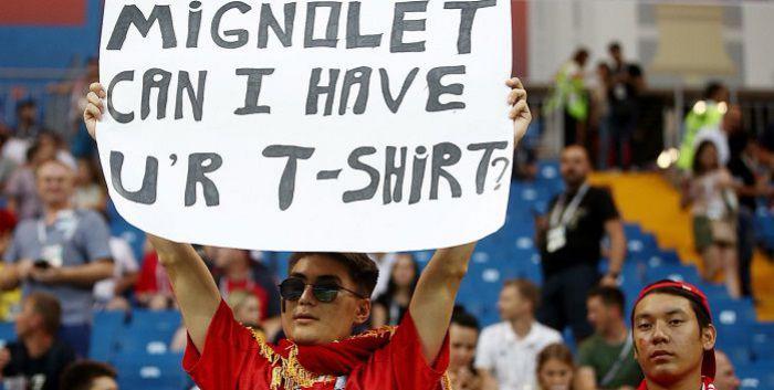 Piękna historia z mundialu. Bramkarz znalazł kibica, który chciał jego koszulkę
