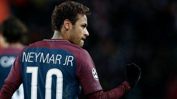 Kolejna transferowa bomba? Neymar namawia gwiazdę na transfer do PSG
