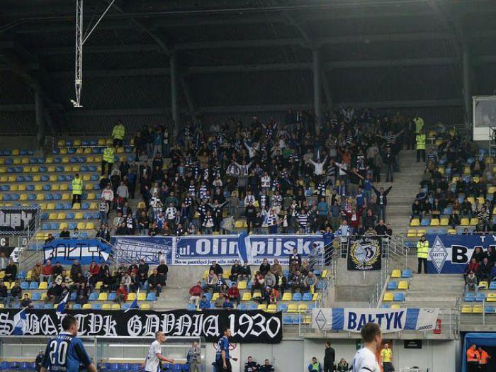 Z niższych lig, Bałtyk Gdynia weryfikuje plany, awans coraz mniej realny