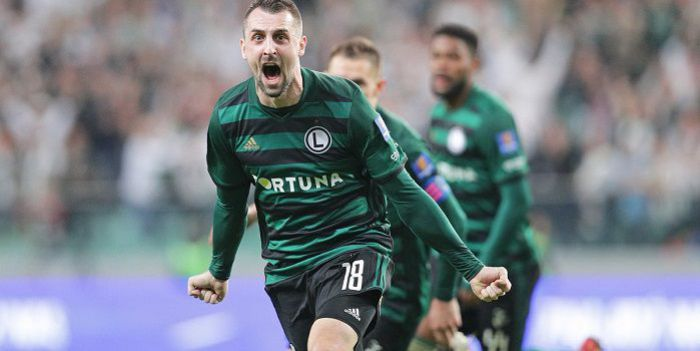 Legia Warszawa oficjalnie żegna się z Michałem Kucharczykiem