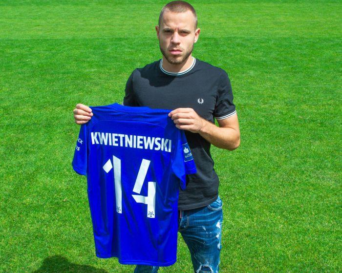 Były zawodnik Fulham FC trafia do Wisły Płock. Wypożyczenie z Legii Warszawa