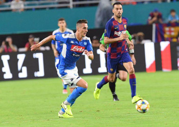 Barcelona skuteczniejsza niż Napoli, więc wygrała. Spektakularne pudło Arkadiusza Milika (VIDEO)