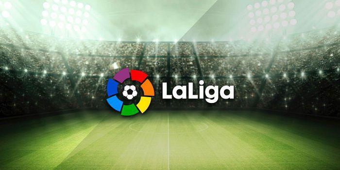 Porażka Barcelony w pierwszej kolejce La Liga. Fantastyczne trafienie Artiza Aduriza (Wideo)