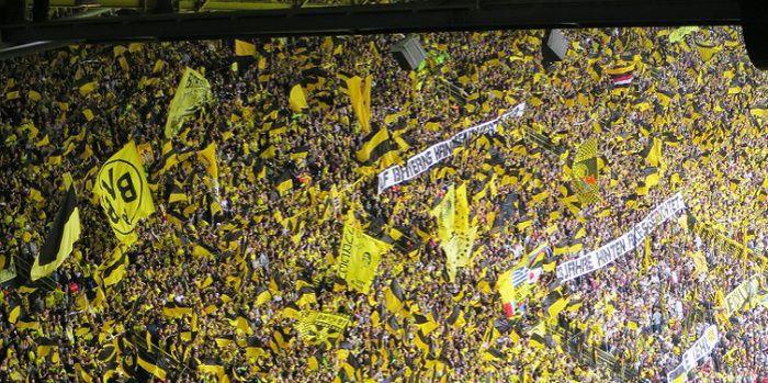 Borussia Dortmund rozbija FC Augsburg na otwarcie ligowego sezonu