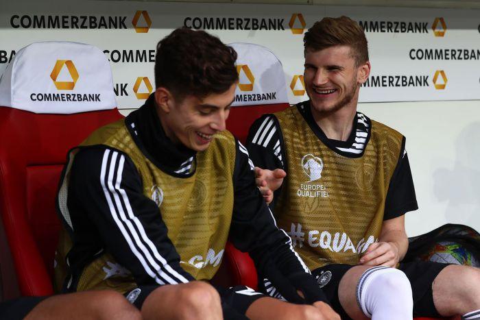 Bayern wersja 2020! Gigant wyciągnie dwie gwiazdy ligowych rywali. Jedną za 100 mln euro, drugą za darmo