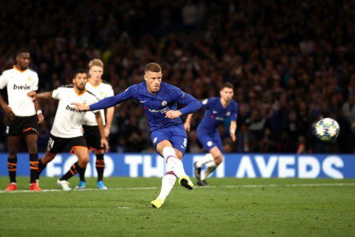 Willian i Jorginho wściekli, Lamparda broni Barkleya. Echa zmarnowanego karnego w meczu Chelsea z Valencią