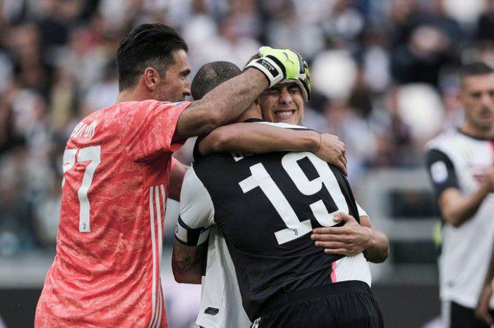 Jeden pauzował, jeden na ławce, a trzeci dostał wolne. Stępiński, Dawidowicz i Szczęsny nie zagrali w meczu Juventus - Hellas. Buffon puścił jedną z dziwniejszych i piękniejszych bramek w karierze