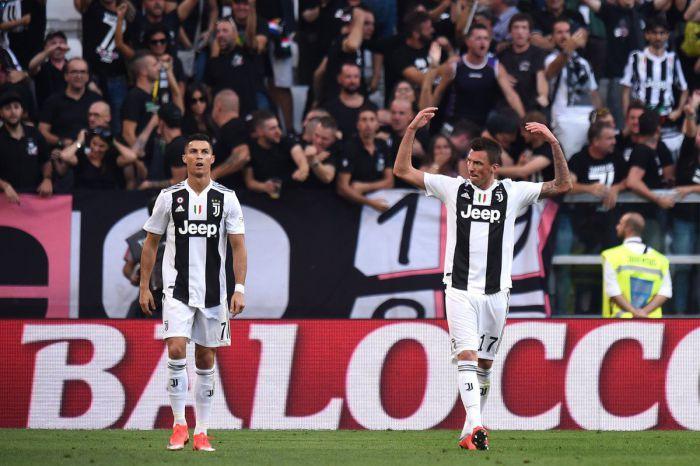 Manchester United osiągnął porozumienie z napastnikiem Juventusu Turyn. Transfer prawdopodobnie w styczniu
