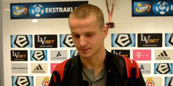 To pech czy już brak zdrowia do piłki? Tomasz Cywka po roku zagrał w pierwszym zespole Lecha i... wypadł po minucie