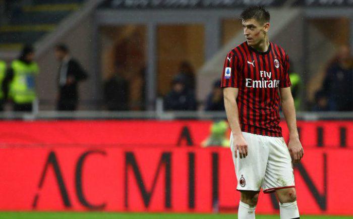 Fani Milanu dali upust swojej wściekłości. Krzysztof Piątek przeraźliwie wygwizdany na San Siro