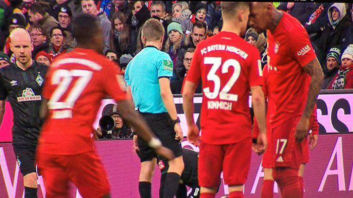 Bild. Sprzeczka piłkarzy Bayernu Monachium, niemal doszło do bójki