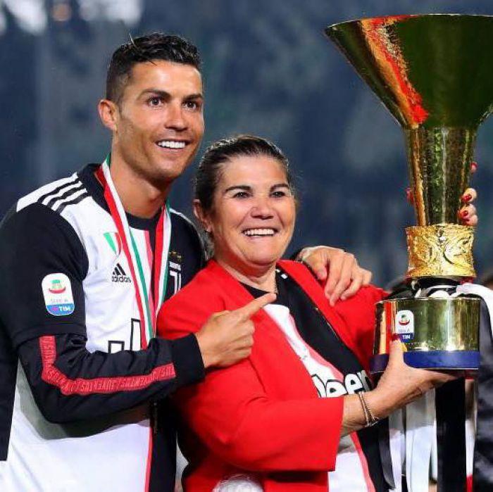 Trudna sytuacja Cristiano Ronaldo. Matka piłkarza Juventusu FC trafiła do szpitala!