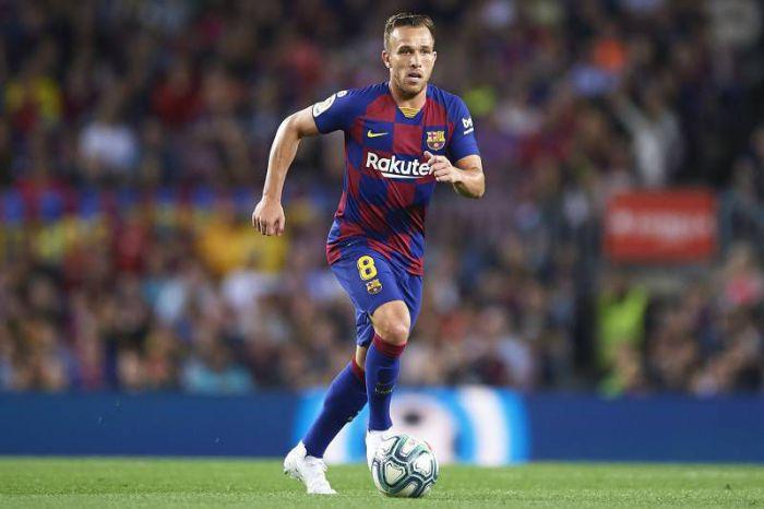 OFICJALNIE: Arthur w Juventus FC, a Pjanić w FC Barcelona. Gigantyczna klauzula wykupu w kontrakcie Bośniaka