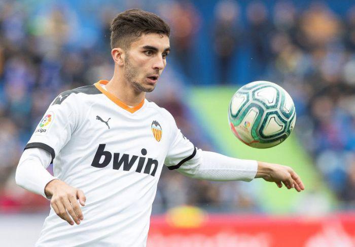 Manchester City jest zdeterminowany, by pozyskać TALENT z Valencia CF! Wyda ogromne pieniądze