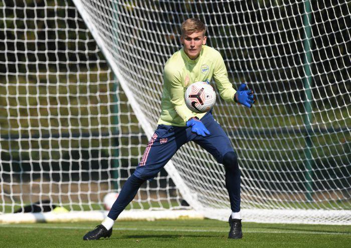Arsenal ma nowego bramkarza. Islanczyk wylądował w Londynie (VIDEO)