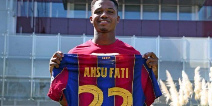 Ansu Fati podpisał umowę z FC Barcelona i jest już pełnoprawnym członkiem pierwszego zespołu. Znamy ogromną kwotę wykupu