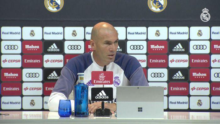Zinedine Zidane przed El Clasico.