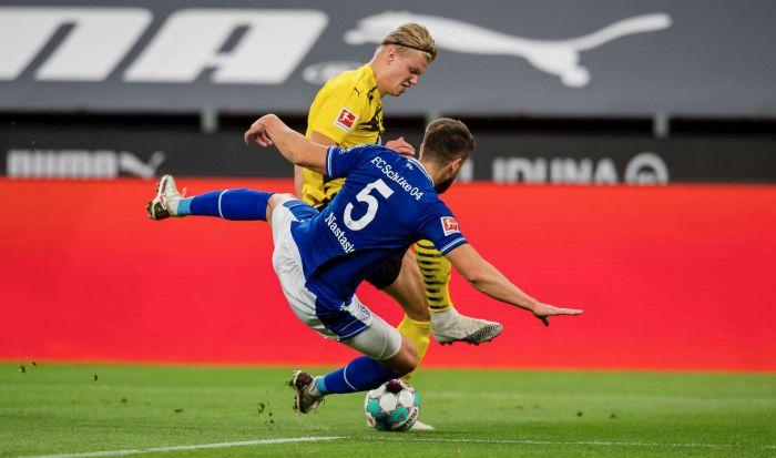 Rieverderby dla Borussii. Dortmundczycy skruszyli mur Schalke dopiero po przerwie (VIDEO)