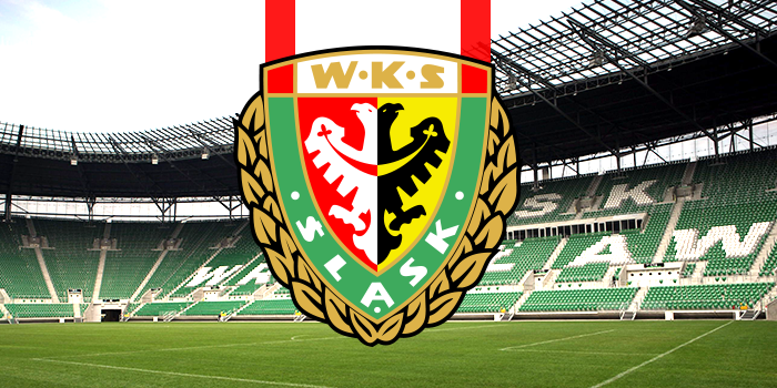 Podstawowy obrońca Śląska Wrocław wypada z gry na wiele miesięcy. Doznał kontuzji kolana