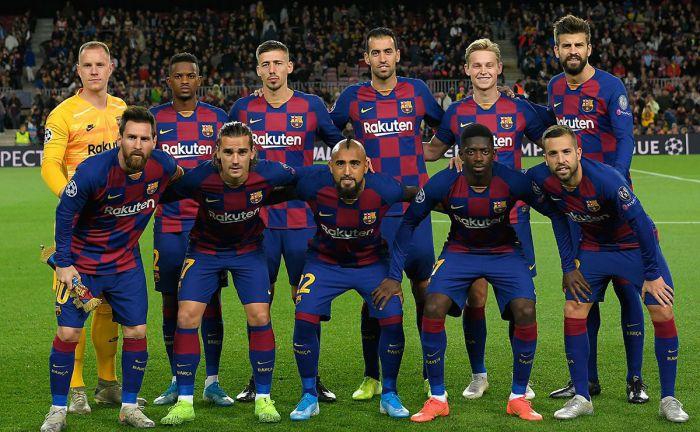 Dwaj piłkarze mają się w styczniu zameldować na Camp Nou. FC Barcelona coraz bliżej wzmocnień