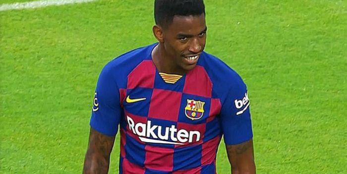 Ten transfer nie wypalił! Obrońca zostaje w FC Barcelona