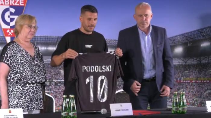 Lukas Podolski znalazł kolejną fuchę w Niemczech. W Zabrzu będzie spędzał coraz mniej czasu